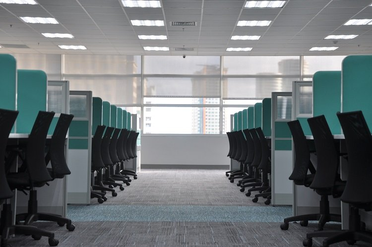 fluorescent bulbs are best in an office environment